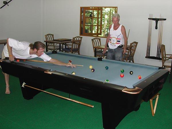 Brunswick 9 X 4 1/2 Foot Tournament Pool Table
